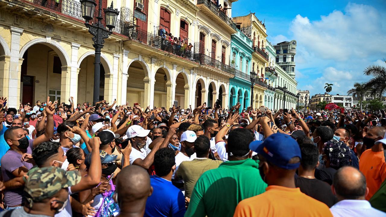 Manifestaciones pacíficas en La Habana el 11J. (YAMIL LAGE AFP)